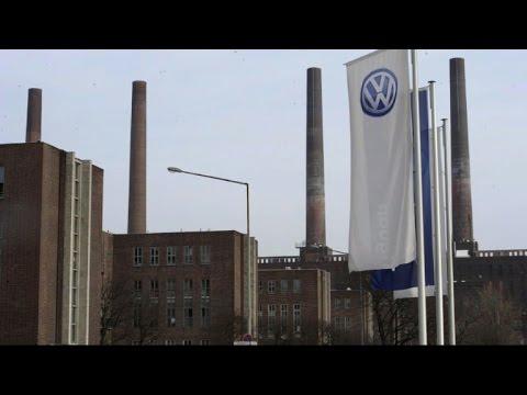 German auto giant Volkswagen slams into huge false emission scam
