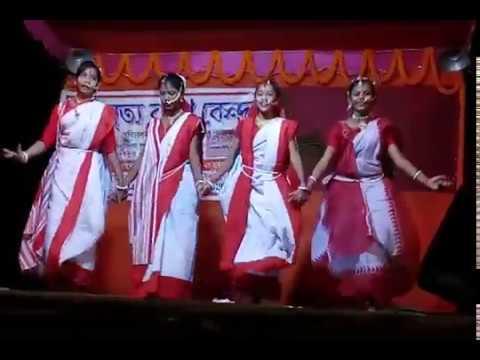 Dhaake Kaathi Bisorjoner Bijoyar Sur  ঢাকে কাঠি বিসর্জনের বিজয়ার সুর