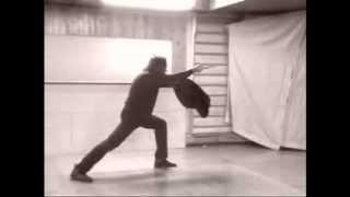 Video Master Antonio Merendoni show some action of a palermitano's knife method download MP3, 3GP, MP4, WEBM, AVI, FLV Juli 2018