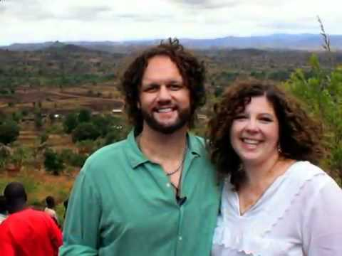 David Phelps   His eye is on the sparrow   YouTube