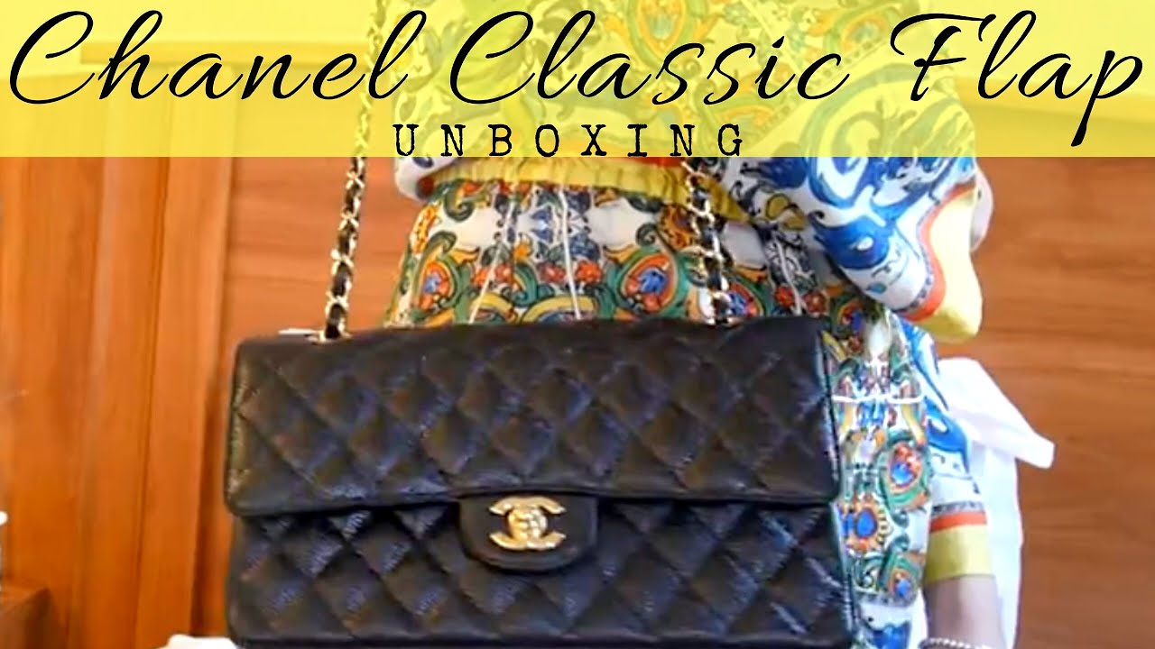 a938b5e1b9578b CHANEL CLASSIC FLAP M/L GOLD HARDWARE UNBOXING| Cherry Tung - YouTube