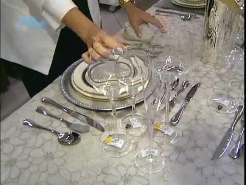Como montar uma mesa de jantar - Katia Albuquerque