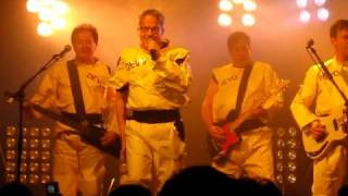 "DEVO - ""Praying Hands"" live in Toronto - November 23, 2009"