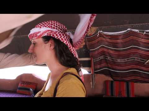 Kefiah: tutorial dal deserto della Giordania