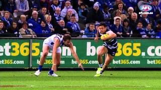 Versus - Luke Breust v Steven Motlop - AFL