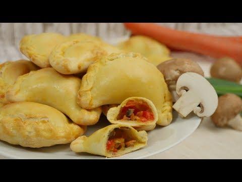 Empanadas mit Champignons I Gefüllte Teigtaschen aus dem Ofen I Gemüsefüllung