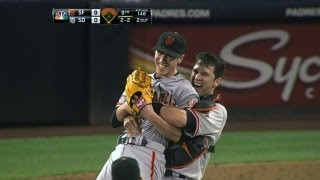 Lincecum throws his first career no-hitter