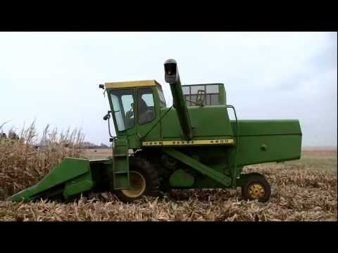 1972 John Deere 4400 Combine, Clips to Music, on 1162011