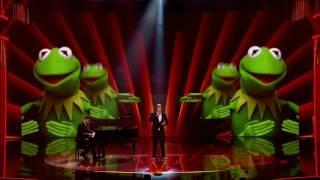 Этот человек поразил публику дважды.Британское шоу талантов.Поет Разными голосами.