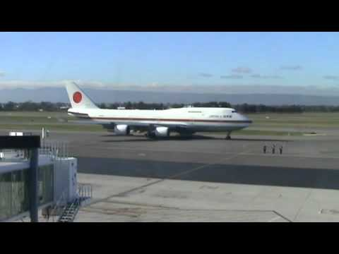 JASDF Boeing 747 Adelaide 2010