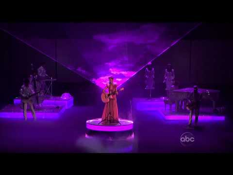 Katy Perry -  ' The one that got away ' live performance at  AMAs (american music awards 2011)