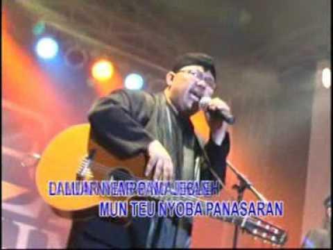 Free Download Doel Sumbang -  Lalaki (official Music Video) Mp3 dan Mp4