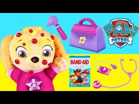 PAW PATROL Skye has Chickenpox at School and Visits Disney Jr Doc McStuffins, LOL Surprise Toys