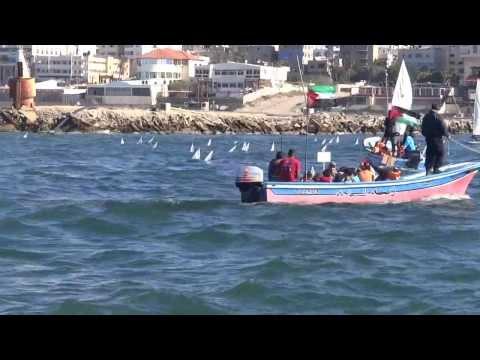 190 mini-arche salpano dal porto di Gaza lanciate dai bambini