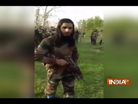 New video of 30 Kashmiri militants goes viral