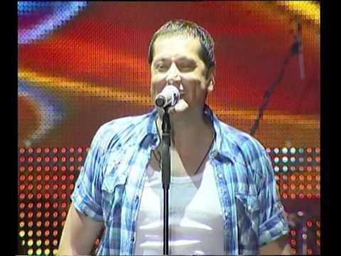 Aco Pejovic - Rusevine - (Live) - (Koncert Zivota - Skenderija 19.05.2011.)