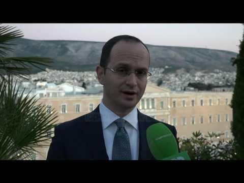 Bushati 4 orë me Kotzias; Klimë tjetër me Athinën?  - Top Channel Albania - News - Lajme