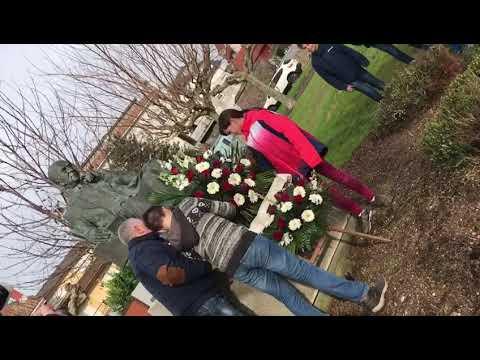 Ofrenda floral a Xulio Camba en Vilanova de Arousa