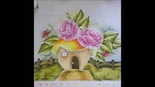 Veja como pintar casinha de cogumelo, rosa e folha