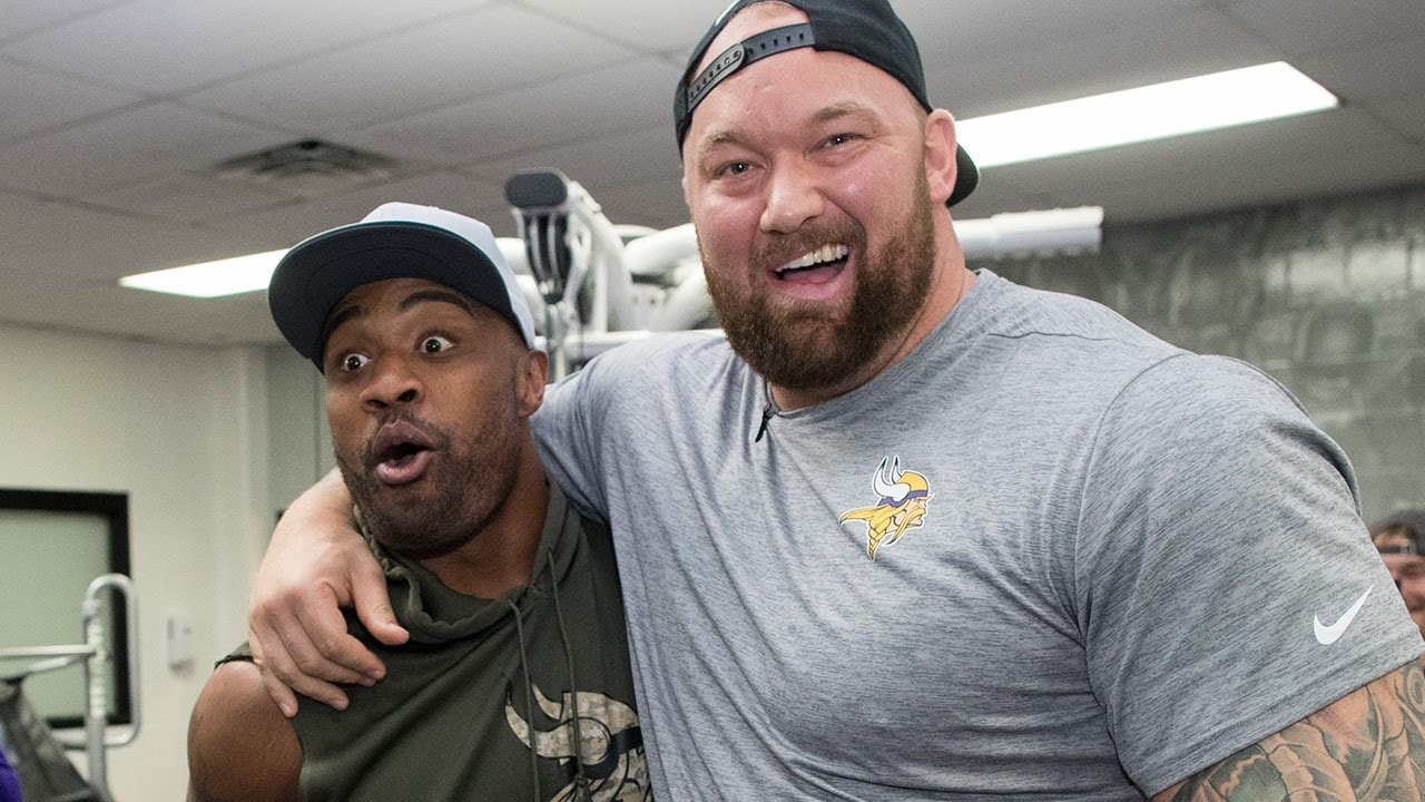 Minnesota Vikings Bring The Mountain From