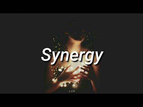 Tash Sultana - Synergy (español/inglés)