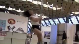 DANZA IN FIERA 2011 Pole Dance tg toscana tv - INTERVISTA POLE ADDICT