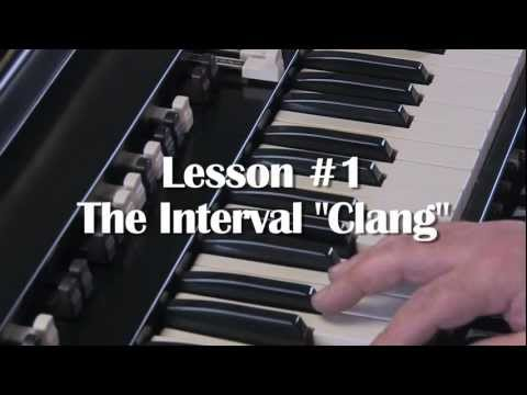 LESSON 1 - HOW TO PLAY JAZZ & ROCK LICKS ON A HAMMOND B3 or C3 ORGAN