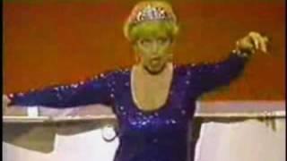The fabulous Miss Dorothy Loudon.