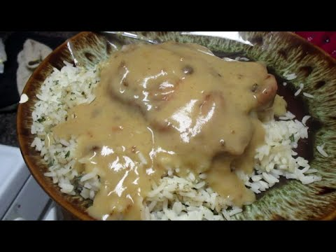 Fried Pork Chops Smothered In Gravy