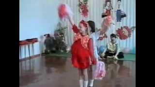 Ритмический танец на выпускном в детском саду