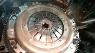 VW Passat B4. Що необхідно при заміні зчеплення.