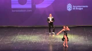Show de Adolfo Indacochea y Tania Cannarsa en Burgosalsón 2014