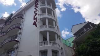 Поселок Утес Крым. Эллинги 2-я линия. Номера телефонов отелей. Какой выбрать эллинг в Утесе.