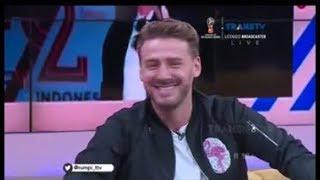Download Video Jonatan Cerrada sur TRANS TV -Rumpi no secret 7 Février 2018 MP3 3GP MP4