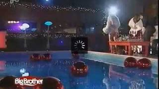 25.12.10  hmera84 (part10) Big Brother Awards Greece (meros3)