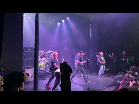 Dave Grohl, Corey Taylor, Rex Brown, Scott Ian cover KISS Cold Gin with Charlie Benanti Dimebash