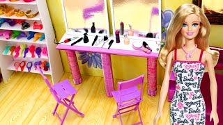 Barbie Hair Salon - Barbie Gets a Haircut & Wash - Come Play With Me