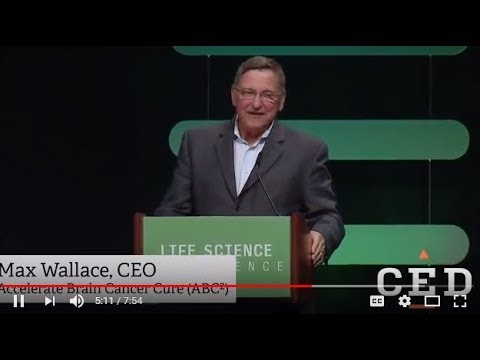 Max Wallace Accepts Life Science Leadership Award at CED - 2018