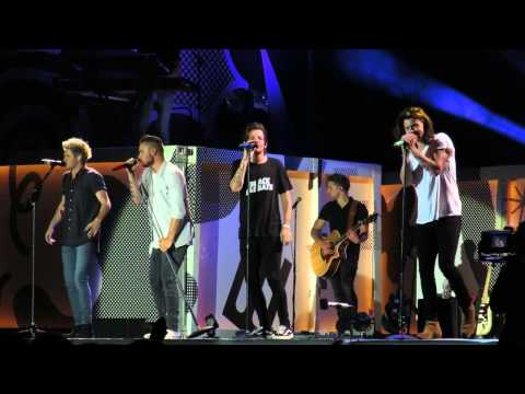 18 (Harry/Louis Centric) - One Direction - 7/9/15 - San Diego