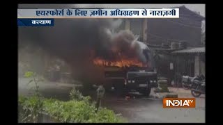 Farmers protest turns violent on Thane Badlapur highway, several vehicles set on fire
