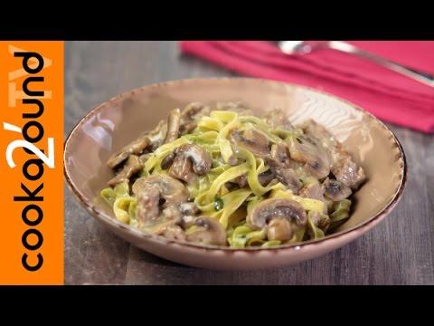Download Paglia e fieno salsiccia e funghi / Ricette sfiziose di pasta Pics