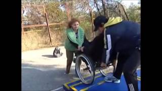 Wheelchair Expert. Moving Upstairs and Downstairs For People With Spinal Cord Injuries.