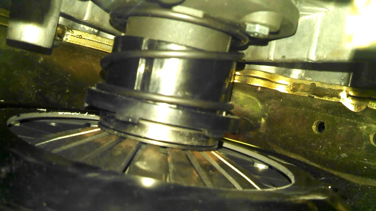 Throw Out Bearing >> ls1 throw out bearing and slave throw, attached to transmission pushing pressure plate using a ...