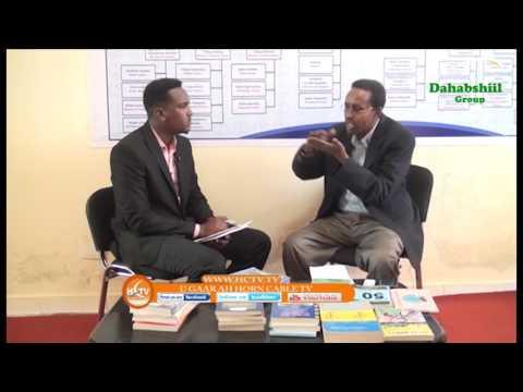 Barnaamijka Murtida Buugaagta= Waraysi Cabdiqaadir Maax By HCTV Muqdisho