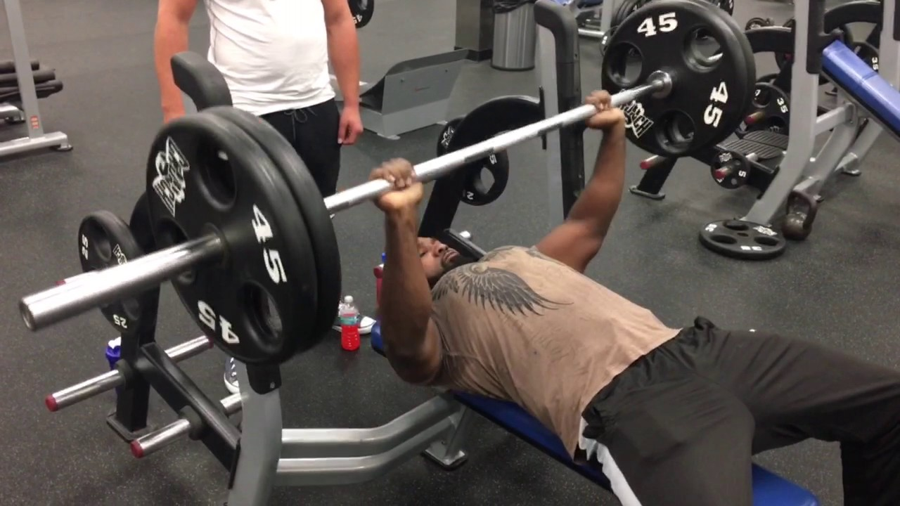 Attemping The All Time Natural 225 Benching World Record Youtube
