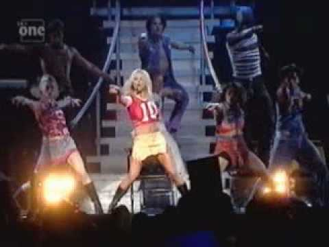 Britney Spears- Baby One More Time (Oops Tour)