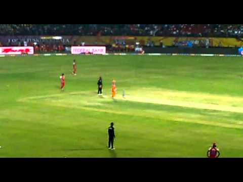 Vvs lashman hitting a six. Rare!! Sachin cricket ganguly sharukh funny comic india