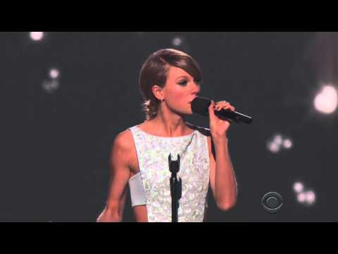 Taylor Swift Addresses Leaving Country Music at ACM Awards