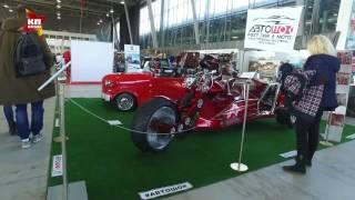 Выставка старинных автомобилей в Сокольниках