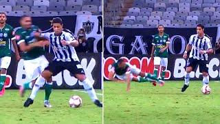 Халк ВЗОРВАЛ ИНТЕРНЕТ в своем первом матче после возвращения в Бразилию Лучшие футбольные видео